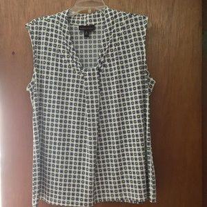 Dana Bachman XL sleeveless shirt